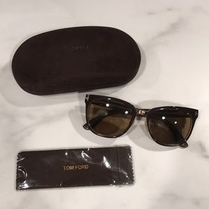 Authentic Tom Ford Sunglasses With Case & Cloth